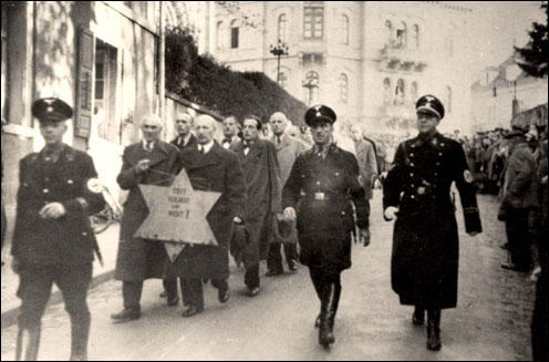 Image result for nazis target jews during kristallnacht