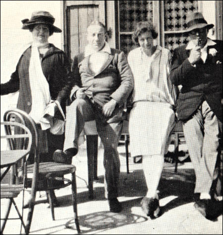 The Baldwins and Davidsons on holiday (August, 1923)