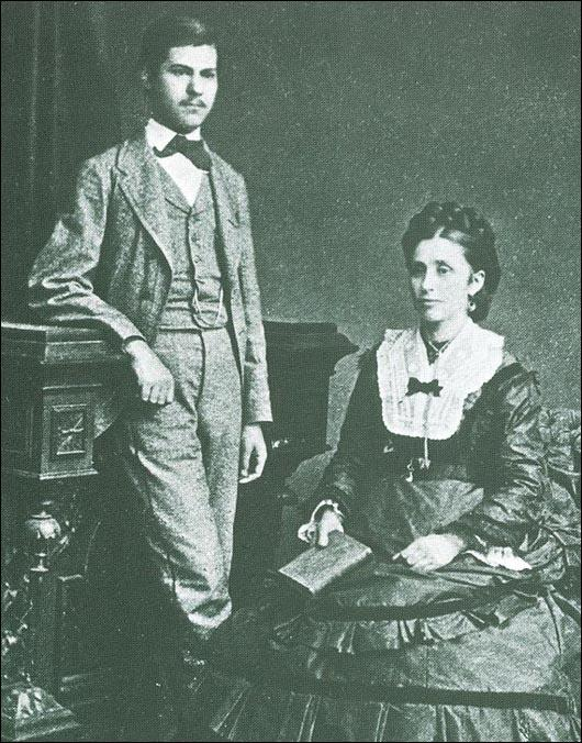 Sigmund Freud and his mother in 1872