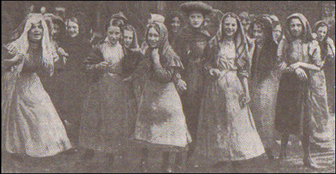 "The Daily Mirror: ""Colne Valley Mill Girls Wait for the Election Result"" (20th July, 1907)"