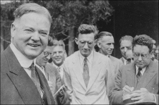 Herbert Hoover with journalists during 1928 Presidential Election campaign (October, 1928)