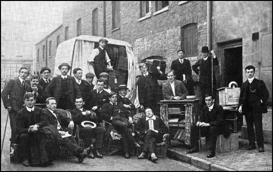 Students at Ruskin College (1909)