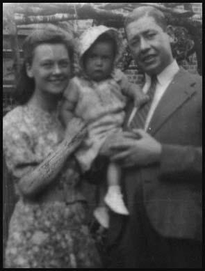 Muriel and John Simkin with Patricia in 1944.