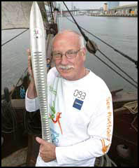 Peter Norman with the Commonwealth Games Baton (2006)