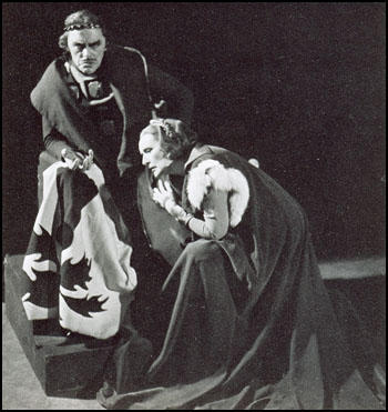 Lewis Casson and Sybil Thorndike in Macbeth (1940)