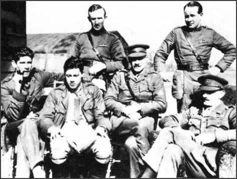Mick Mannock (far left) with pilots from No 74 Squadron