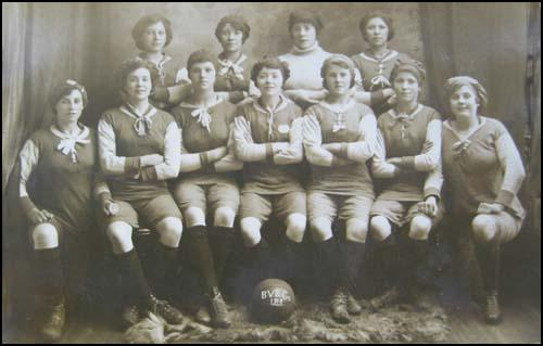 Vaughan Ladies in 1918