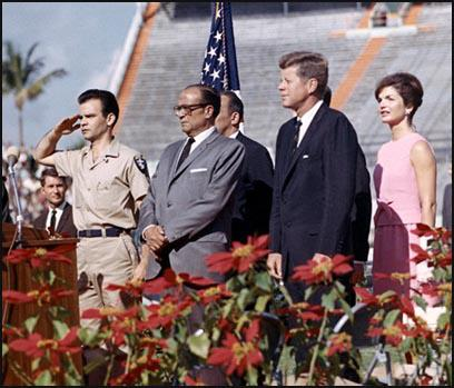 Manuel Artime, Jose Miro Cardona, John F. Kennedy and Jackie Kennedy (29th December, 1962)