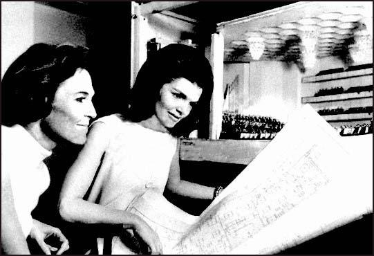 Joan Braden with Jackie Kennedy