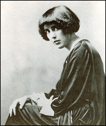 Louise Bryant in 1919