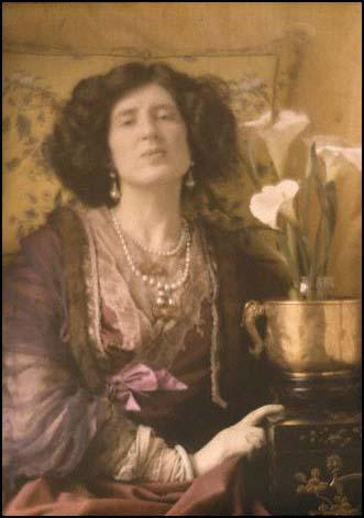 Adolf de Meyer, Lady Ottoline Morrell (1907)