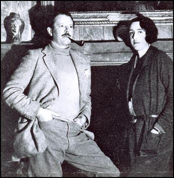 Harold Nicholson and Vita Sackville-West in 1932