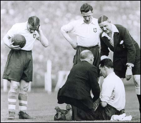 Francis O'Donnell receives treatment during the FA Cup Final against Sunderland.