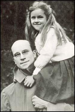 Alfred Salter with his daughter Joyce