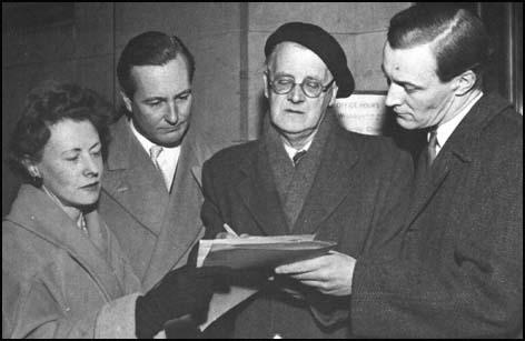 Barbara Castle, Anthony Greenwood, Fenner Brockway andTony Benn organizing a petition against Apartheid in South Africa