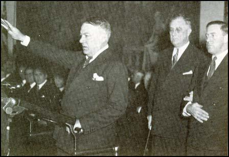 Hugh Johnson with President Franklin D. Roosevelt in March 1934