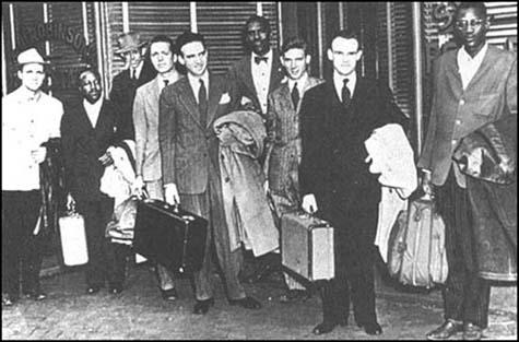 Members of the Journey of Reconciliation in 1947. Left to right: WorthRandle, Wallace Nelson, Ernest Bromley, James Peck, Igal Roodenko,Bayard Rustin, Joseph Felmet, George Houser and Andrew Johnson.