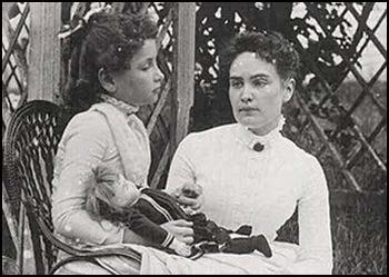 Helen Keller with Anne Sullivan in 1888.