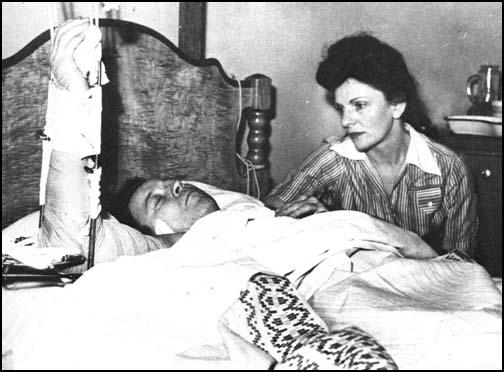 Walter Reuther and his wife in Detroit Hospitalafter an assassination attempt on 20th April, 1948.