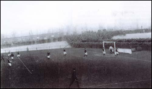 West Ham playing Plymouth Argyle at the Memorial Grounds in January, 1904.