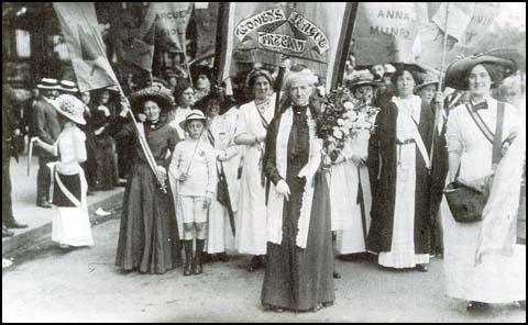 Charlotte Despard in front of the Women's Freedom League banner (17th June 1911)