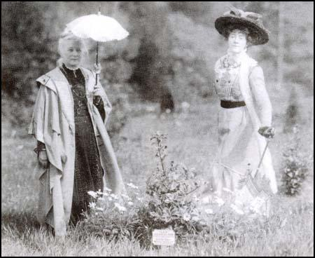 Lilias Ashworth Hallett planting her tree at Eagle House on 19th March 1910.