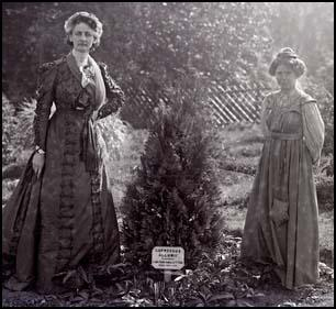 Constance Lytton and Annie Kenney at Eagle House in 1910