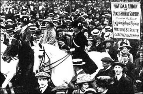 Pilgrimage entering London on 26th July, 1913